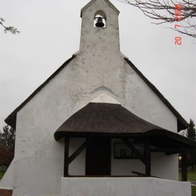 WK-FRANSCHHOEK-Simondium-St-Georges-Anglican-Church_1